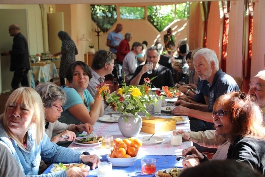 Lokaal aan tafel (met muziek)